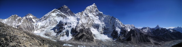 mount-everest-himalayas-nuptse-lhotse-51387