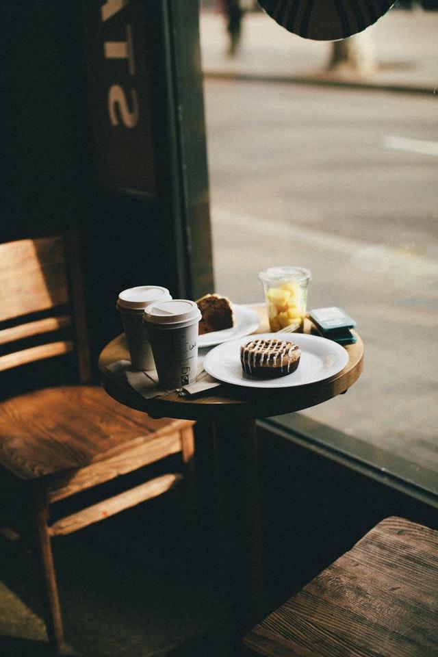 cafe-cake-chairs-1813466.jpg